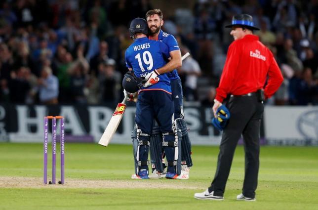 England v Sri Lanka - First One Day International