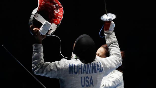 Ibtihaj Muhammad 2.jpg-large