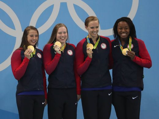 USA women swimming team wins 1000 gold